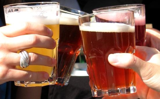 Beer Glass Shape Alters People's Drinking Speed